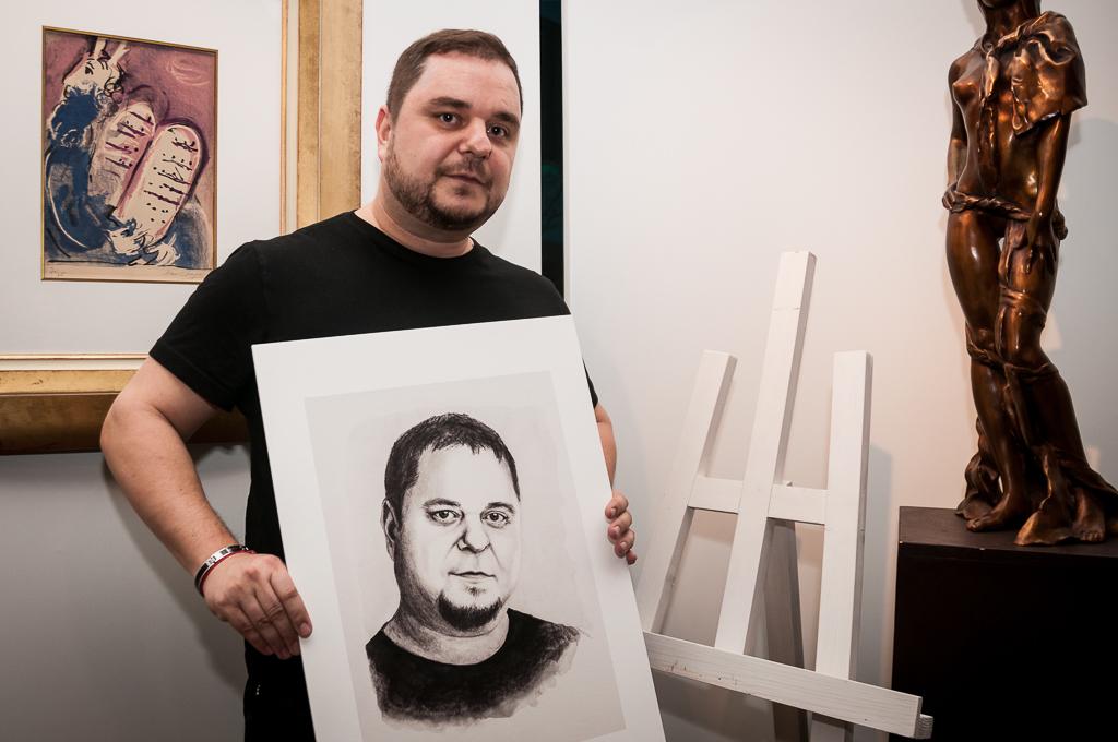 Zuzana Smatanova Vystavuje Unikatne Kresby