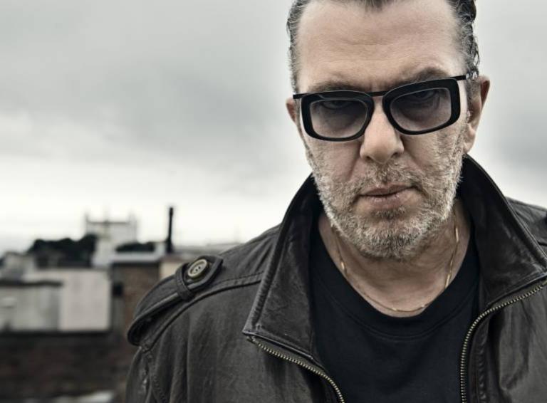 Richard Müller vydáva nový album Hodina medzi psom a vlkom. Vypočujte si prvú skladbu Siedme Nebo