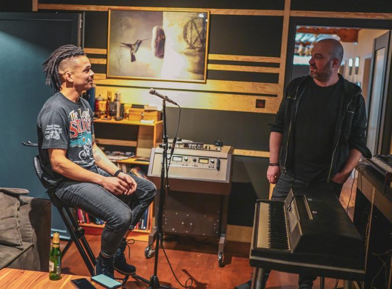 IMT smile a Ben Cristovao predstavujú spoločnú skladbu Miesto