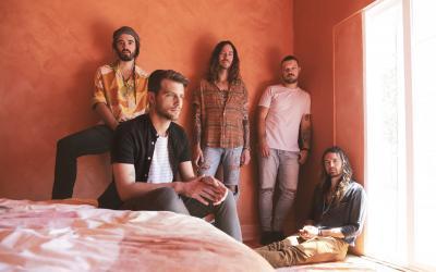 Na TOPFEST mieri najväčší austrálsky exportný artikel kapelaHands Like Houses!