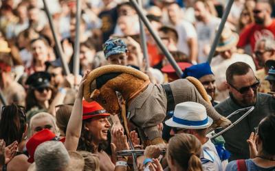 Festival Vrbovské Vetry 2020 zverejňuje prvých potvrdených účinkujúcich aspúšťa predpredaj.