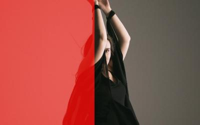 Šimon Švidraň zverejnil klip s tancujúcou múzou, priateľkou Karolínou